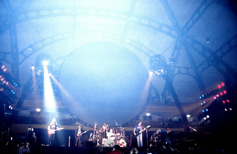 1977-01-26 Pink Floyd Festhalle Concert Photo _26_